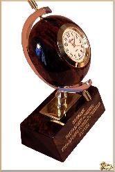 Часы Эксклюзив из обсидиана