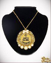 Медаль с Розочками на цепочке Золотая бабушка элит