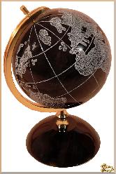 Глобус и мяч Планета земля большая из обсидиана