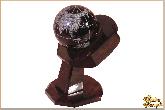 Глобус и мяч Ладонь из обсидиана
