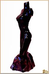 Фигура Леди Гордыня из обсидиана