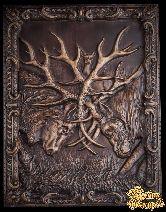 Резное панно «Бой оленей»