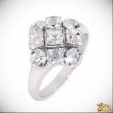 Кольцо с кристаллами Сваровски IR0029, размер 19