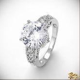 Кольцо с кристаллами Сваровски IR0100, размер свободный