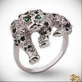 Кольцо с кристаллами Сваровски IR0117, размер 17,0