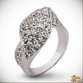 Кольцо с кристаллами Сваровски IR0155, размер 18,0