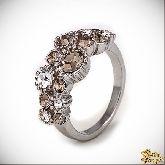 Кольцо с кристаллами Сваровски IR0204, размер 17,5