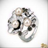 Кольцо с кристаллами Сваровски IR0209, размер 17,5
