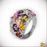 Кольцо с кристаллами Сваровски IR0210, размер 17,5