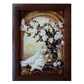 Белые голуби и розы из янтаря