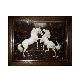 Белые лошади картина из янтаря