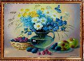 Букет полевых цветов и фрукты