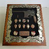 Деревянная ключница Маузер со знаками ФСБ