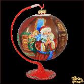 Ёлочный шар ручной работы на подставке Санта