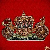 Фарфоровый штоф Карета (цветная с золотом)