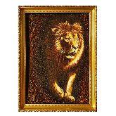 Картина красивый лев из янтаря