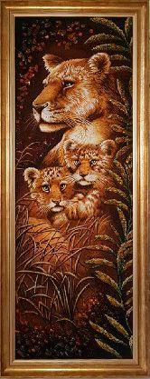 Картина со львами из янтаря