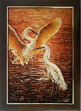 Картина журавли на закате из янтаря