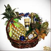 Букет из конфет Корзина с ананасом №1