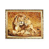 Красивые львы из янтаря
