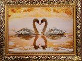 Картина из янтаря Лебединый союз