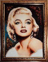Мерлин Монро из янтаря - реалистичный портрет