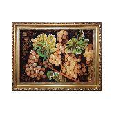 Натюрморт виноград из янтаря