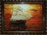 Парусный фрегат из янтаря