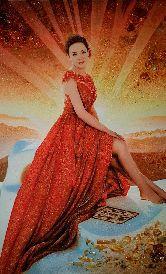 Портрет женщины в красном платье из янтаря
