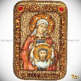 Святая Праведная Вероника Кровоточивая, настольная икона, 10х15 на мореном дубе