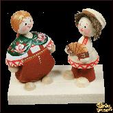 Композиция из дерева ручной работы Игра на гармони.