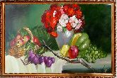 Виноград и ваза с цветами